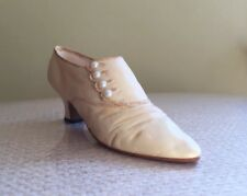 Just The Right Shoe ~ Sweet Elegance No. 25415