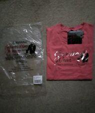 Gorilla Wear Women's Pink Camden T-shirt (size M)