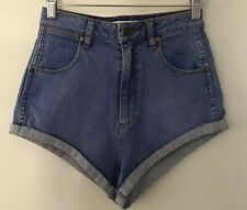 Wrangler Women's size 10 Shorts Cheeky Pin Up Blue Denim