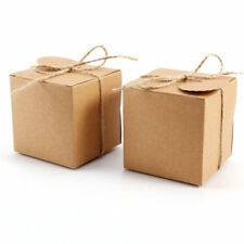 Festoni, ghirlande e striscioni senza marca marrone in carta per feste e party