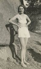 ANTIQUE VINTAGE FLAPPER AMERICAN RISQUE NUDE FEET PANTY UNDERWEAR SNAPSHOT PHOTO