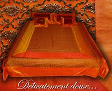 Superbe Parure de lit en Satin avec couvre-coussins coloris orange - CLS3