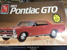 AMT 6593 1965 Pontiac GTO hardtop/conv 3n1 1/25 MODEL CAR MOUNTAIN kit NIOB