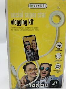 Vlogging kit With Ring Light And Phone Holder Social Super Star NEW Iessentials