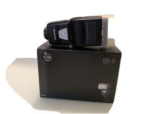 Olympus Flash 900R