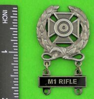 Army Expert Marksmanship Badge With M1 RIFLE Qualification Bar M-1 Garand