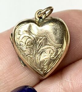 Vintage engraved 9k Gold Locket Pendant. Hallmarked. Fine Jewelry. Love Token