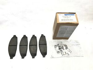 2003-2011 Ford Crown Victoria Front Wheel Brake Disc Pads OEM NEW Genuine FORD