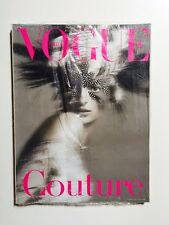 Vogue Unique Couture supplemento Vogue Italia n.619 marzo 2002
