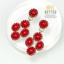 Boucles d`Oreilles Clous Doré Petit Chandelier Mini Perle Rouge Class Retro A6