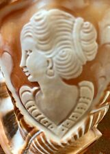 Beautiful Carved Conch Shell Cameo Lady - Collectible - Made in italy