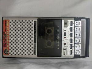 GE General Electric Model NO. 3-5027B Cassette Tape Player Recorder