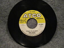 """45 RPM 7"""" Record Bee Gees Run To Me & Road To Alaska 1972 Atco Records 45-6896"""
