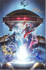 Power Rangers Hyperforce cast signed 2018 Wondercon exclusive variant comic book