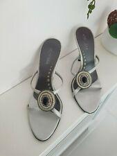 Ladies gold with  diamante detail front platform heeled  sandals.F10171.