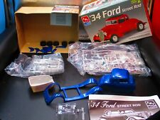 AMT 1/25 Scale '34 Ford Street Rod Model Kit