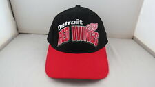 Detroit Red Wings Hat (VTG) - Script and Logo Front By Starter -Gripback