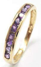 LOVELY 9KT/375 YELLOW GOLD AMETHYST BAND RING   SIZE 7    R1103