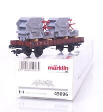 MARKLIN 45096 HO GAUGE 3 RAIL - GERMAN DB LOW SIDED WAGON & COMBINE HARVESTERS