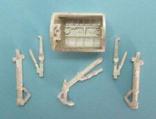 Altri modellini statici di veicoli in metallo bianco scala 1:72