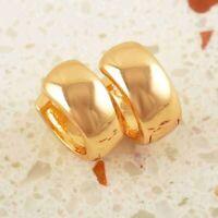 Pendientes anchos lisos con oro amarillo laminado 18 kt