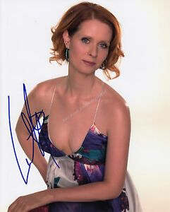 Cynthia Nixon signed Sex In The City Guaranteed Authentic 10 x 8 photo