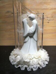 Wilton Bride and Groom Wedding Cake Topper