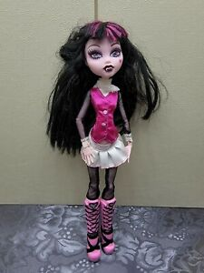 2008 Monster High Doll Draculaura Original Ghouls First Wave