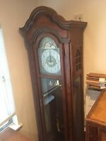 Hamilton Old grandfather clock with emperor mechanism from 1981.