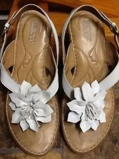 BORN WOMEN'S WHITE LEATHER SANDALS SHOES SIZE 7 M/W