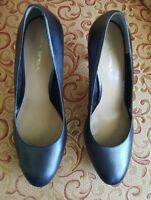 Via Spiga Women's Shoes 11 Blue Leather Round toe Heels Italy Designed Pumps