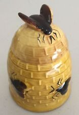 VINTAGE COLLECTABLE CERAMIC RAISED BEE DESIGN HONEY POT JAR in EXC 2 of 5