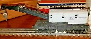 Lionel 2460 GRAY CAB twelve wheel crane FROM 1946 IN GOOD CONDITION IN OB.