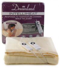 Dreamland Modern Bed Blankets