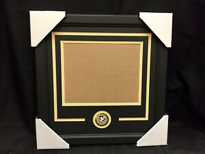 Pittsburgh Penguins New 8x10 Photo Horizontal Team Medallion Frame Kit