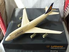 "#12.548# Flugzeug (061) – Boeing 747-400 ""Bonn"" – Lufthansa – im Maßstab 1:200"