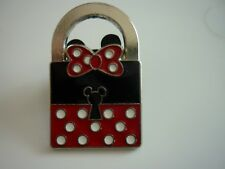 DISNEY 2013 LIMITED RELEASE LOCK PIN MINNIE FUN AND CUTE LOOKING !!!
