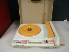 FISHER PRICE RECORD PLAYER MODEL 825 VINTAGE 1978 KIDS PHONOGRAPH TURNTABLE
