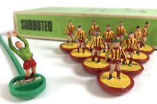 Subbuteo Table Soccer Barnet Yellow Red Heavyweight Team Complete in Box