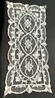 Vintage Point de Venise White Lace Table Runner 16 x 32'