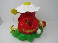 Kenner Strawberry Shortcake Big Berry Trolley Toy Used