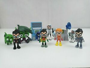 Lot of 11 Teen Titans Go Includes Action Figures & Accessories Various Sizes