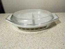 VINTAGE PYREX SQUARE FLOWERS 1 QUART DIVIDED VEGETABLE BOWL EXCELLENT W / LID