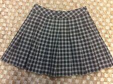 Burberry Golf Black & White Plaid Pleated Skirt Short Sz 4