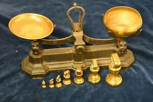 W&T Avery Cast Iron 2lb Balance Scales with Brass Dishes & Weights
