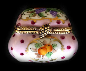 Limoges Box Classic Shape Pink with Magenta Dots with Flowers and Gold Lot 1114