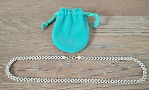 """Sterling Silver Necklace 925, Beautiful condition plus Pouch 17"""" Chain"""