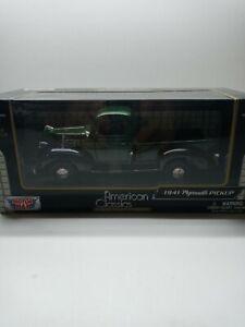 Motormax 73278 1941 Plymouth Pick-up 1:24 Green  MIB Mint/ Box