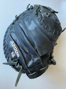 RARE A2000 Showcase Series 32.5 RHT Youth Catcher's Mitt with Superskin