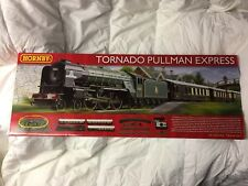 HORNBY R1169 Tornado Pullman Express OO Gauge Train Set * NEW in Box *